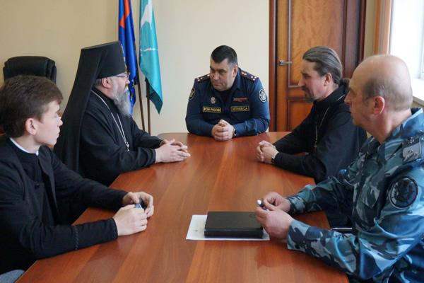 встретился с новым главой Южно-Сахалинской и Курильской епархии архиепископом Никанором